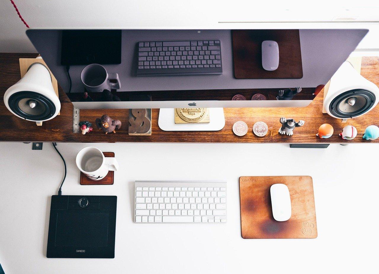 Hjemmekontoret er det perfekte stedet for å skrive firmablogg.