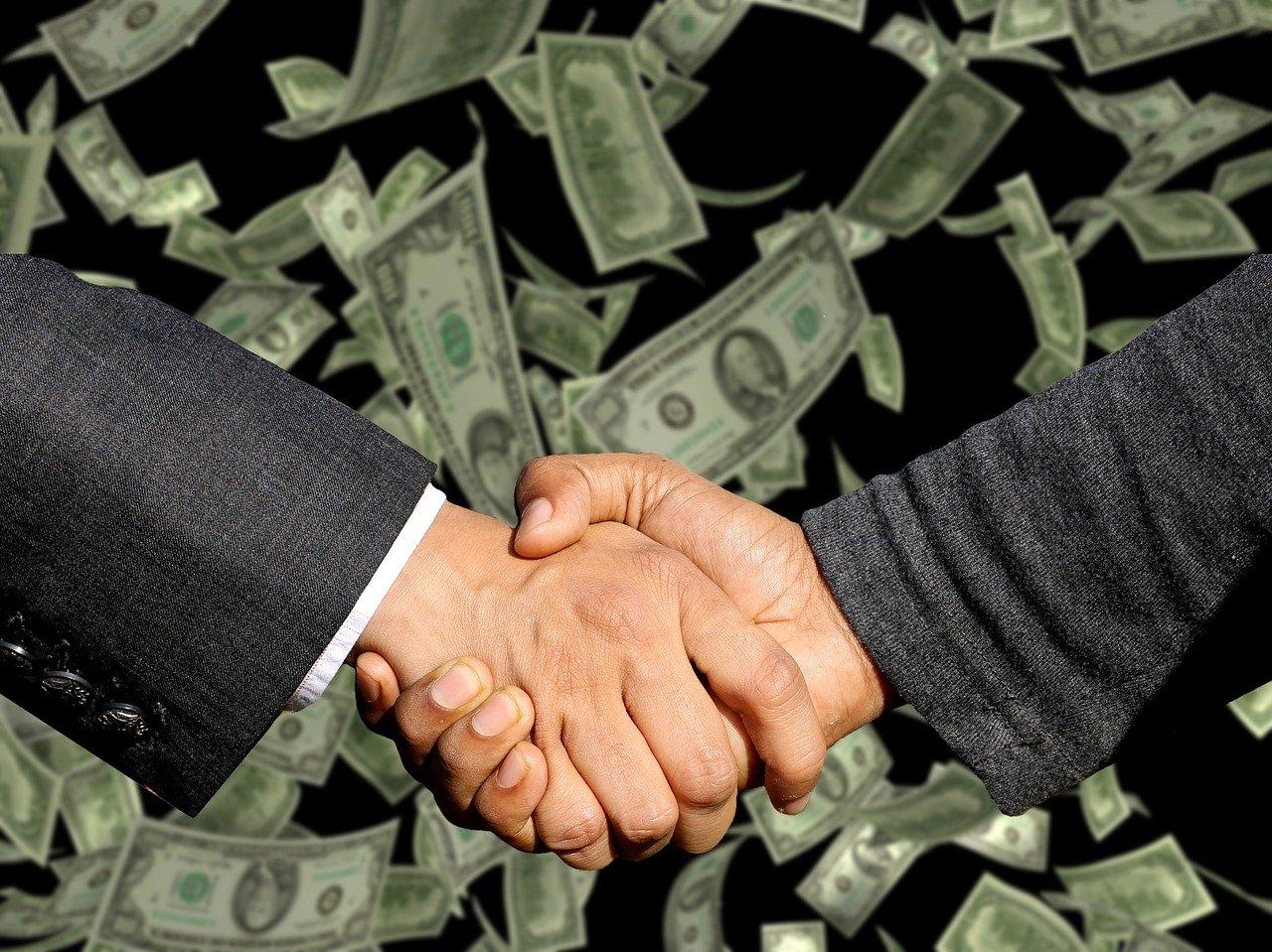 Målet med salg er selvfølgelig alltid et håndtrykk og fullført salg.